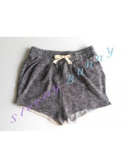 bx41 กางเกงขาสั้นผ้าทอลายสีขาวดำ พร้อมส่ง Size XS --> HM