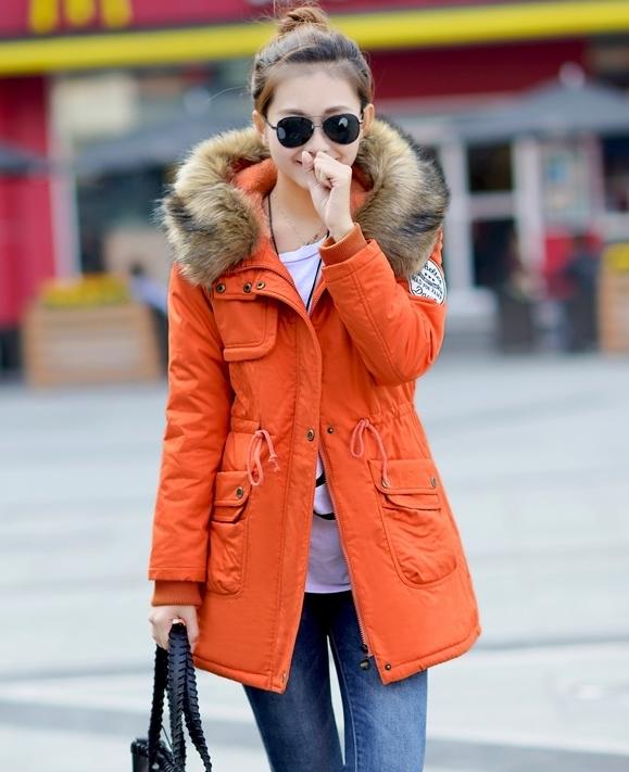 เสื้อกันหนาวแฟชั่น พร้อมส่ง สีส้ม แต่งสายรูดจั๊มช่วงเอว มีฮูท พร้อมผ้าขนสัตว์แต่งเข้าตัวชุด เท่ห์สุดๆ