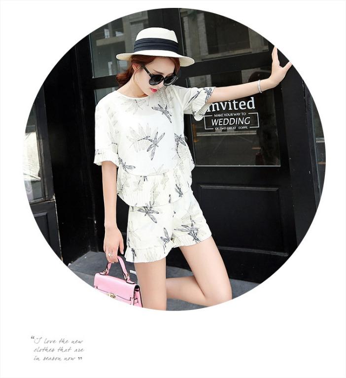 ชุดเซ็ท2ชิ้น เสื้อ+กางเกงขาสั้น สีขาว ผ้าชีฟองพิมพ์ลายแมลงปอ แฟชั่นเที่ยวทะเลน่ารักสดใส