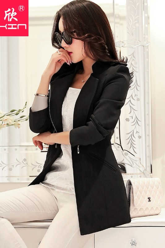 เสื้อสูทแฟชั่น เสื้อสูททำงาน พร้อมส่ง สีดำ เนื้อผ้าคอตตอน 100% เนื้อผ้าดี มีความยืดหยุ่นได้ดีค่ะ งานเนี๊ยบ คัตติ้งสวยสุดๆ ดีไซน์คอป้าย หรือ ใส่แบบคอปกเก๋ ไม่มีซับใน แต่งกระเป๋าหลอก แต่งหัวไหล่สุดเท่ห์ ดีเทลตัดเย็บด้วยความประณีต งานเหมือนแบบแป๊ะเลยค่ะ