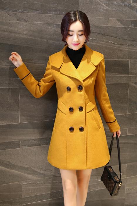 เสื้อโค้ทกันหนาว สีเหลือง พร้อมส่ง เนื้อหนามีซับใน ใส่แล้วอุ่นมากๆค่ะเ นื้อผ้าwoolen เหมาะสำหรับใส่เดินทางไปต่างประเทศ