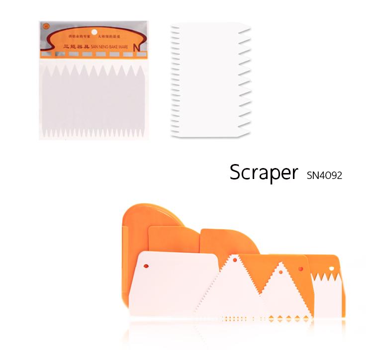 Scraper ขอบหยัก SN4092 (11*7.6 cm)