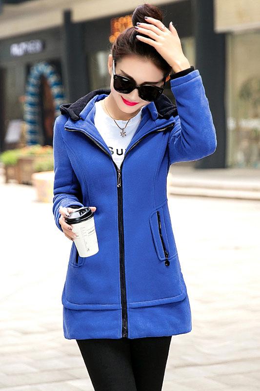 เสื้อกันหนาว พร้อมส่ง สีน้ำเงิน ตัวยาว ซิบหน้า แต่งตัดด้วยสีดำ มีฮูท แต่งจั๊มปลายแขน เท่ห์ๆ อินเทรนสุดๆ สำหรับหนาวนี้