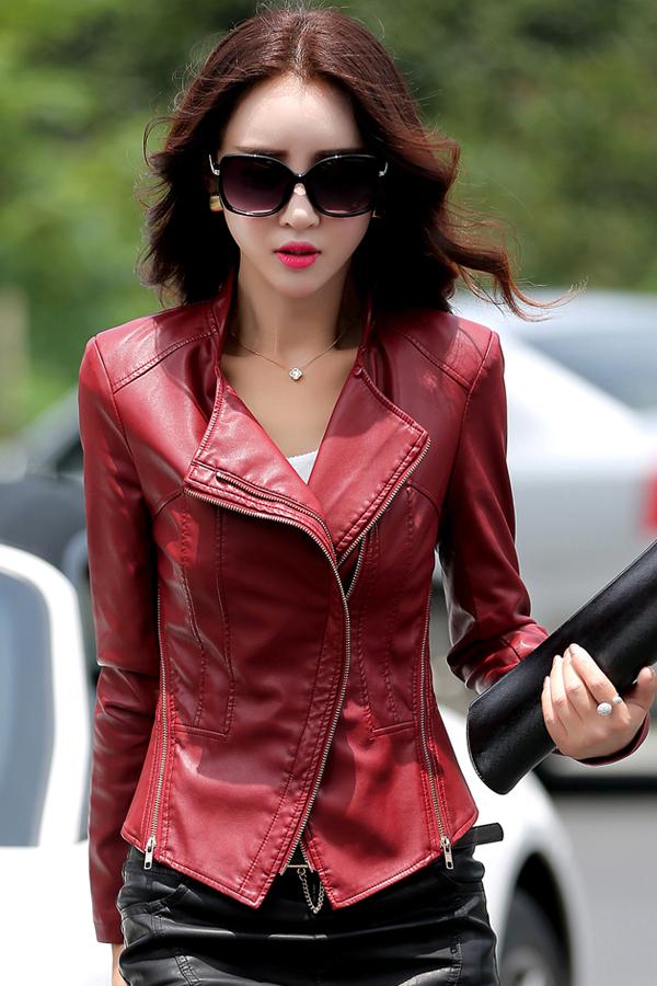 เสื้อแจ็คเก็ต เสื้อหนังแฟชั่น พร้อมส่ง สีแดงเข้ม ทำจากหนังแกะสังเคราะห์ หนังเนื้อนิ่ม Premium Quality สินค้าสวยหนังดี เหมือนแบบ 100% ค่ะ คัตติ้งดี งานเนี๊ยบ