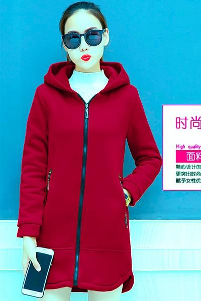 เสื้อกันหนาว สีแดงสด ผ้าฟลีซ พร้อมส่ง มีฮูท อินเทรนสุดๆ สำหรับหนาวนี้ มีซับใน ด้านในบุด้วยผ้าขนสัตว์ มีกระเป๋าใช้งานได้ค่ะ ใส่สบาย แบบเรียบเก๋ ซิบรูดใช้งานได้สะดวก