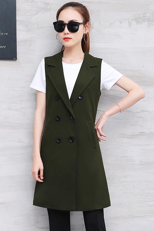เสื้อกั๊กสูทแฟชั่น เสื้อกั๊กแฟชั่น เสื้อเขียวขีม้า เสื้อสูทแขนกุด พร้อมส่ง สีเขียวขีม้า เนื้อผ้าPolyester งานสวย คุณภาพดี
