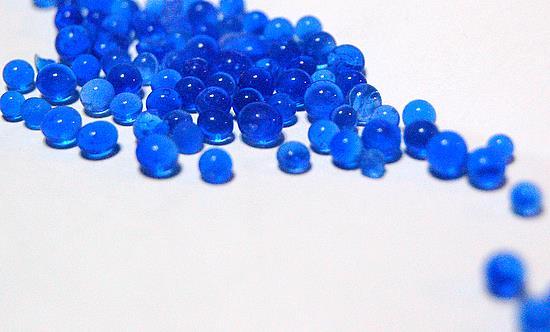ซิลิก้าเจลสีน้ำเงิน (เม็ดจัมโบ้) 3-5 มิลลิเมตร