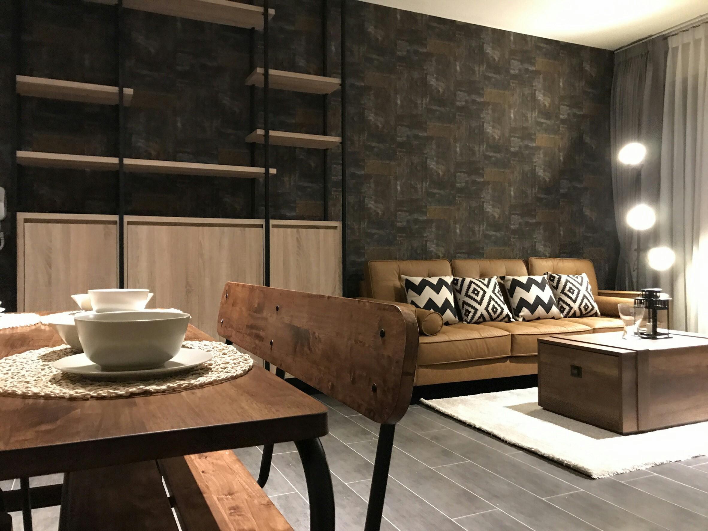 รหัสทรัพย์ 56336 The Lofts Ekkamai (เดอะ ล็อฟท์ เอกมัย) 2 ห้องนอน 1 ห้องน้ำ (ห้องมุม)ขนาด 61 ตรม.ชั้น 8 (ห้อง 809 ) ตกแต่งครบพร้อมอยู่