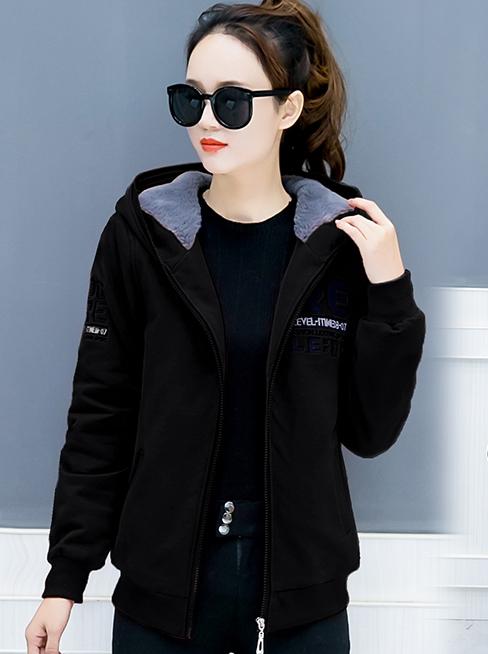 เสื้อกันหนาว พร้อมส่ง สีดำ ซิบหน้า ตัวสั้น ปักตัวอักษรเก๋ ซับในด้านผ้าขนสัตว์สังเคราะห์นิ่มเฉพาะตัวเสื้อและฮูทสุดเท่ห์