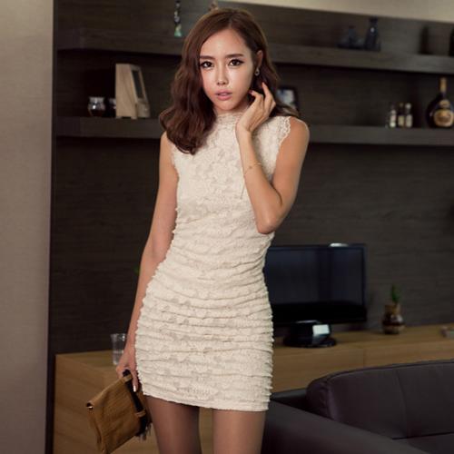 DRESS เดรสสั้นผ้าลูกไม้ เข้ารูป โทนสีขาว ใส่ออกงาน แบรนด์ R.J STORY สวย น่ารักมากๆ ค่ะ ASIA STREET FASHION