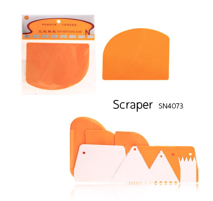 Scraper SN4073 12.6*9.7 cm.