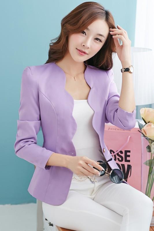 เสื้อสูทแฟชั่น เสื้อสูทผู้หญิง พร้อมส่ง สีม่วง เนื้อผ้าโพลีเอสเตอร์ อย่างดี ไม่หนา ใส่สบาย มีซับในทั้งชุดค่ะ งานสวยเหมือนแบบ 100% ค่ะ