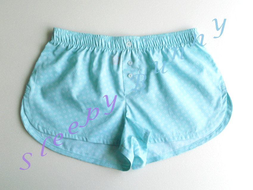 ขายแล้วค่ะ Promotion bx27 บ๊อกเซอร์หญิง สีเขียวมิ้นท์ลายดอกเล็ก ๆ Size S --> Pajamazz