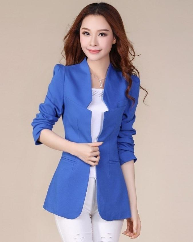 เสื้อสูทแฟชั่น พร้อมส่ง สีน้ำเงิน แต่งเว้าที่ปกเสื้อเก๋ๆ รูปทรงสุดหรู ตัวยาว ใส่ทำงานได้ มี SIZE M,L ค่ะ