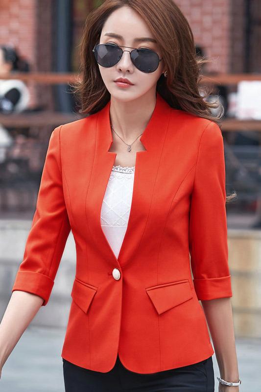 เสื้อสูทแฟชั่น เสื้อสูทสำหรับผู้หญิง พร้อมส่ง สีส้ม คอวี แต่งเว้าช่วงคอเสื้อ ผ้าคอตตอน 100 % เนื้อดี คุณภาพงานพรีเมี่ยม งานตัดเย็บเนี๊ยบ ไม่มีซับในระบายอากาศได้ค่ะ