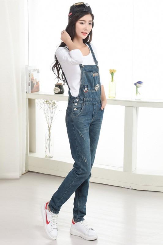 เอี๊ยมกางเกงขายาว พร้อมส่ง สียีนส์เข้ม เอี๊ยมกางเกงขายาว สุดเท่ห์ แต่งลายมิกกี้เม้าส์ แบบใหม่สไตล์เกาหลี งานเป๊ะ ทรงเก๋เหมือนนางแบบเลยค่ะ