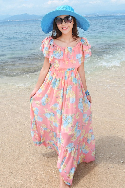 MAXI DRESS ชุดเดรสยาว พร้อมส่ง สีชมพู เนื้อผ้าชีฟอง อย่างดี มีน้ำหนักผ้าทิ้งตัว ลายดอกไม้สีหวานๆ น่ารักมากๆค่ะ งานสวยเหมือนแบบเลยค่ะ