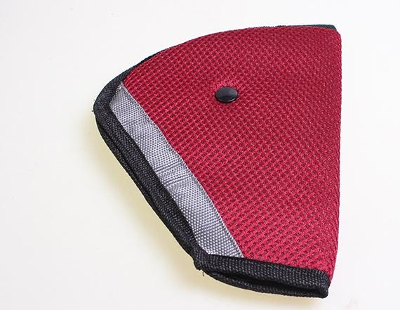 ที่ปรับระดับ แดง ที่ปรับสาย เข็มขัดนิรภัย เซฟตี้เด็ก คาร์ซีท ซีทเบลท์ รถยนต์ Seat Belt Adjuster Car Safety Cover Strap