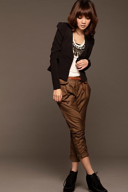fashion suit เสื้อสูทแฟชั่น ใส่ทำงาน สีดำ ไหล่ยกสูง กระดุมหน้า น่ารักมากๆ เหมาะสำหรับสาวมั่น สาวออฟฟิต Asia Street Fashion