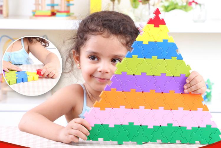 Triangle plug match building blocks132 pieces ตัวต่อสามเหลี่ยม