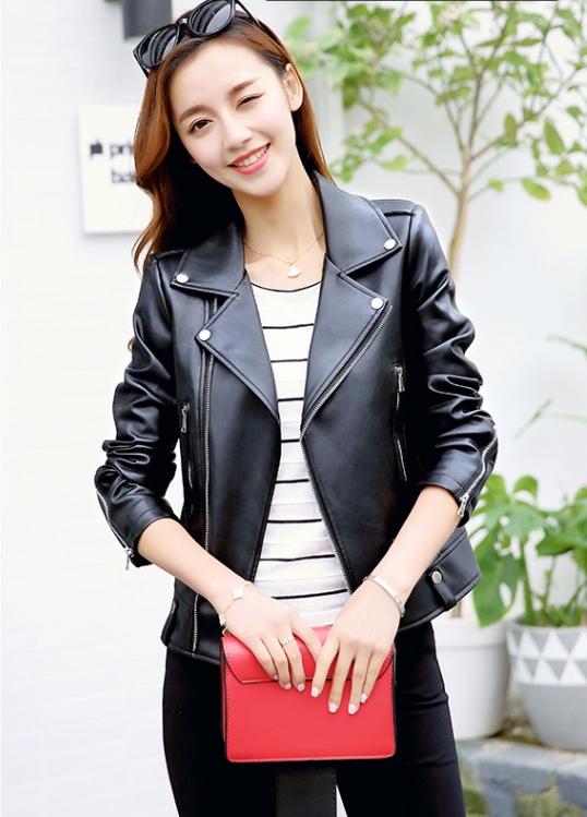 เสื้อแจ็คเก็ต เสื้อหนังแฟชั่น พร้อมส่ง สีดำ แขนยาว ตัวสั้น คอปกแต่งมุดโฉบเฉี่ยว