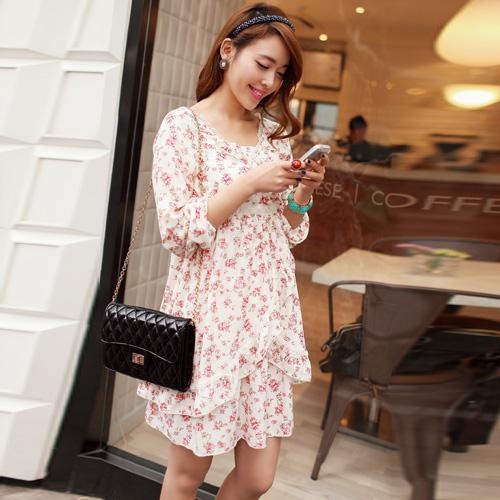 dress ชุดเดรสแฟชั่นใส่ทำงาน พื้นสีครีมลายดอกไม้ แต่งลูกไม้ กระโปรง 2 ชั้น สาวหวาน น่ารัก ใส่ออกงาน