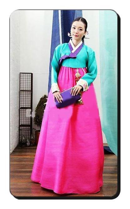เช่าชุดฮันบก ชุดเกาหลีให้เช่า หลากหลายสี น่ารักๆๆ 094 920 9400 หรือ 094 920 9402