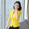 เสื้อสูทแฟชั่น พร้อมส่ง สีเหลือง แขนพับสามส่วน แต่งเว้าช่วงคอ คอวีลึกติดกระดุมเม็ดเดียว จับจีบชายเสื้อเก๋ ด้านหลังแต่งระบายด้วยผ้าชีฟอง ไหล่ยกนิดๆ เข้ารูปช่วงเอว ไม่มีซับใน ใส่สบาย