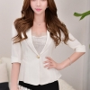 เสื้อสูทแฟชั่น เสื้อสูทสำหรับผู้หญิง พร้อมส่ง สีขาว ผ้าคอตตอน 100 % เนื้อดี คุณภาพงานพรีเมี่ยม งานตัดเย็บเนี๊ยบ ไม่มีซับในระบายอากาศได้ค่ะ
