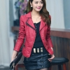 เสื้อแจ็คเก็ต เสื้อหนังแฟชั่น พร้อมส่ง สีแดง คอปกแต่งขลิบสีดำ เข้ารูป สุดเท่ห์