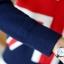เสื้อกันหนาวไหมพรม พร้อมส่ง สีกรม คอกลม มีกระดุมตรงหัวไหล่ด้านซ้ายเก๋ ลายธงชาติอังกฤษ แขนยาว ใส่กันหนาวได้ค่ะ ผ้าไหมพรมมีความยืดหยุ่นได้ thumbnail 8
