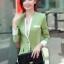 เสื้อสูทแฟชั่น พร้อมส่ง แขนยาวแต่งแขนพับ เข้ารูป สีเขียว คอวีลึก แต่งขลิบสีขาวเก๋ๆ งานสวยดีไซน์เก๋มากๆ thumbnail 5