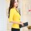 เสื้อสูทแฟชั่น พร้อมส่ง สีเหลือง แขนสามส่วน แต่งเว้าช่วงคอ คอวีลึกติดกระดุมเม็ดเดียว ไหล่ยกนิดๆ เข้ารูปช่วงเอว thumbnail 7