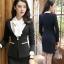 สื้อสูทแฟชั่น พร้อมส่ง เสื้อสูท สีดำ แต่งคอปกด้วยผ้ามันเงาสีครีม ผ้าคอตตอน 100 % เนื้อดี คุณภาพงานพรีเมี่ยม thumbnail 3